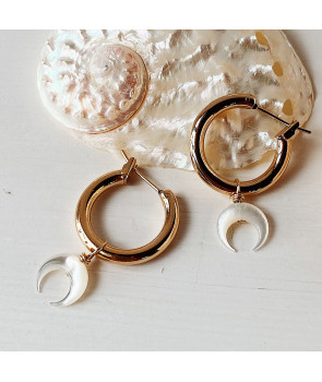 Boucles moon nacre